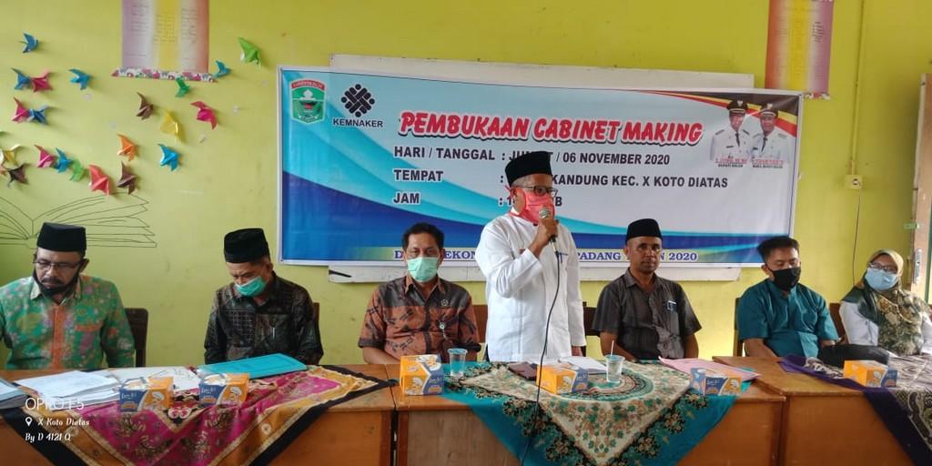Pembukaan pelatihan Cabinet Making MTU di Nagari Bukik Kandung
